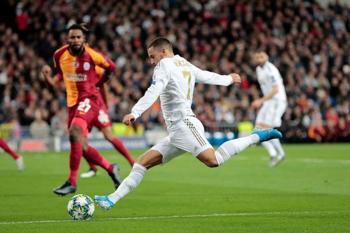 Eden Hazard in actie tegen Galatasaray.