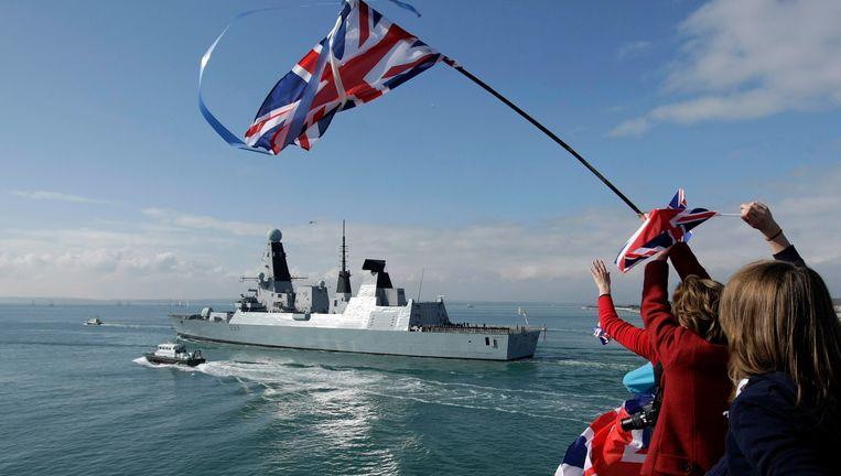 Brits marineschip op weg naar de Falklandeilanden. Beeld epa
