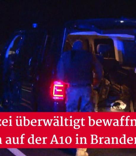 Duitse politie schiet gewapende man neer die dreigt met bloedbad bij tankstation langs snelweg