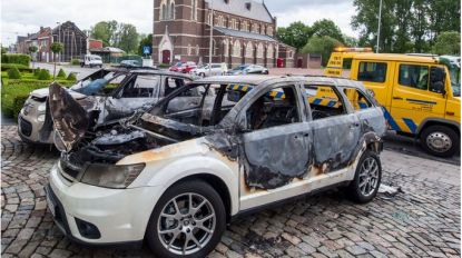 """Verdachte brandstichting auto's van restaurantuitbater: """"Mijn muts op de oprit werd eerder gestolen"""""""
