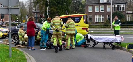 Fietser zwaargewond na botsing met auto in De Bilt