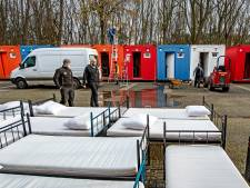 Daklozen overwinteren in containers achter Jan Massinkhal