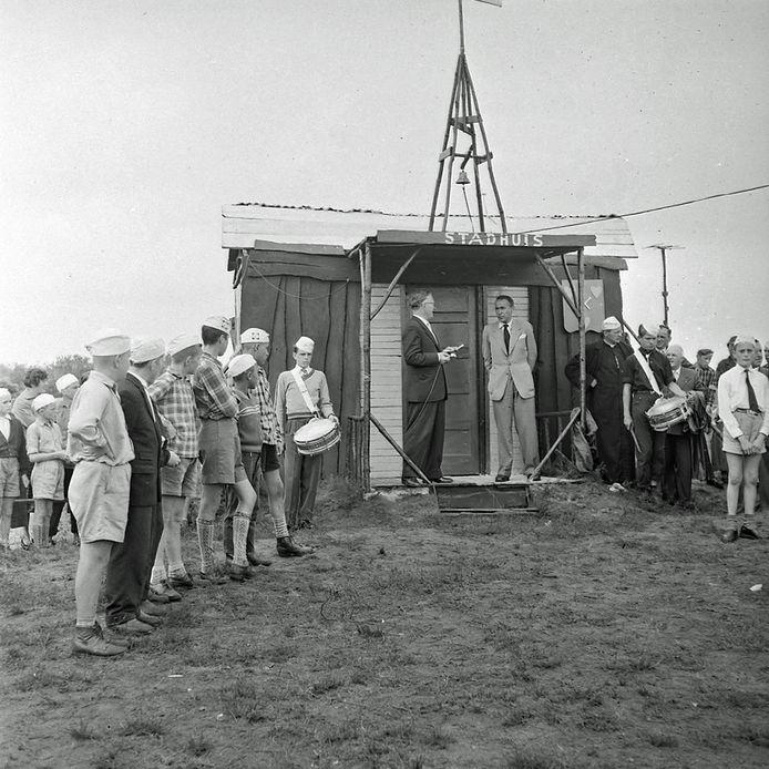 Jongensstad in Geldrop. In 1957