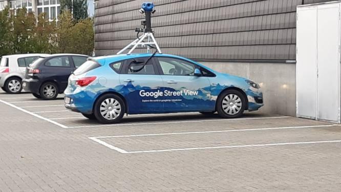 Auto van Google Streetview rijdt rond in Aalst