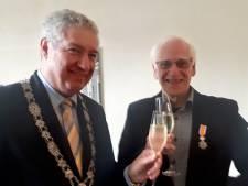 Koninklijke onderscheiding voor Eduward Torenbos in Roosendaal