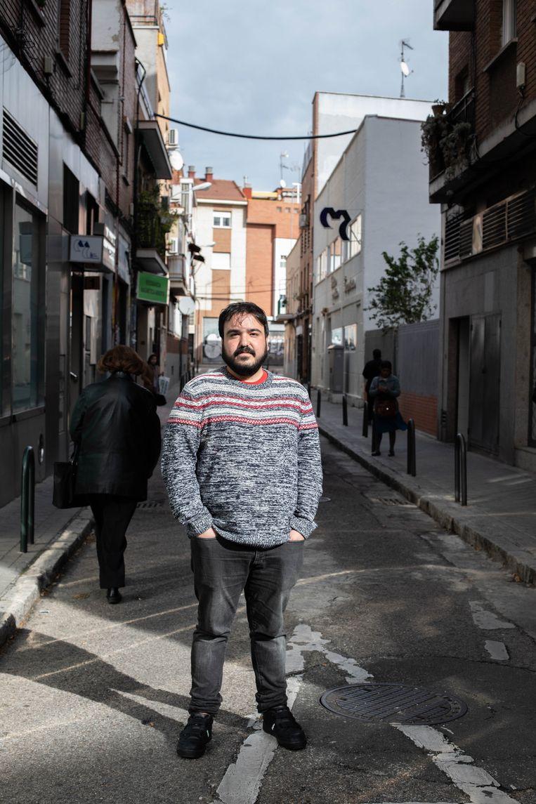 Spanje gaat niet vooruit – en daar zijn de gewone Spanjaarden, zoals Yoseba Farto (30), de dupe van. Beeld Cesar Dezfuli