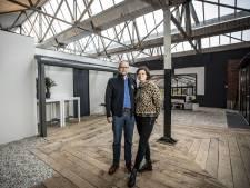Een huis in een fabriek? Daniëlle en Martijn uit Ootmarsum wonen er met trots