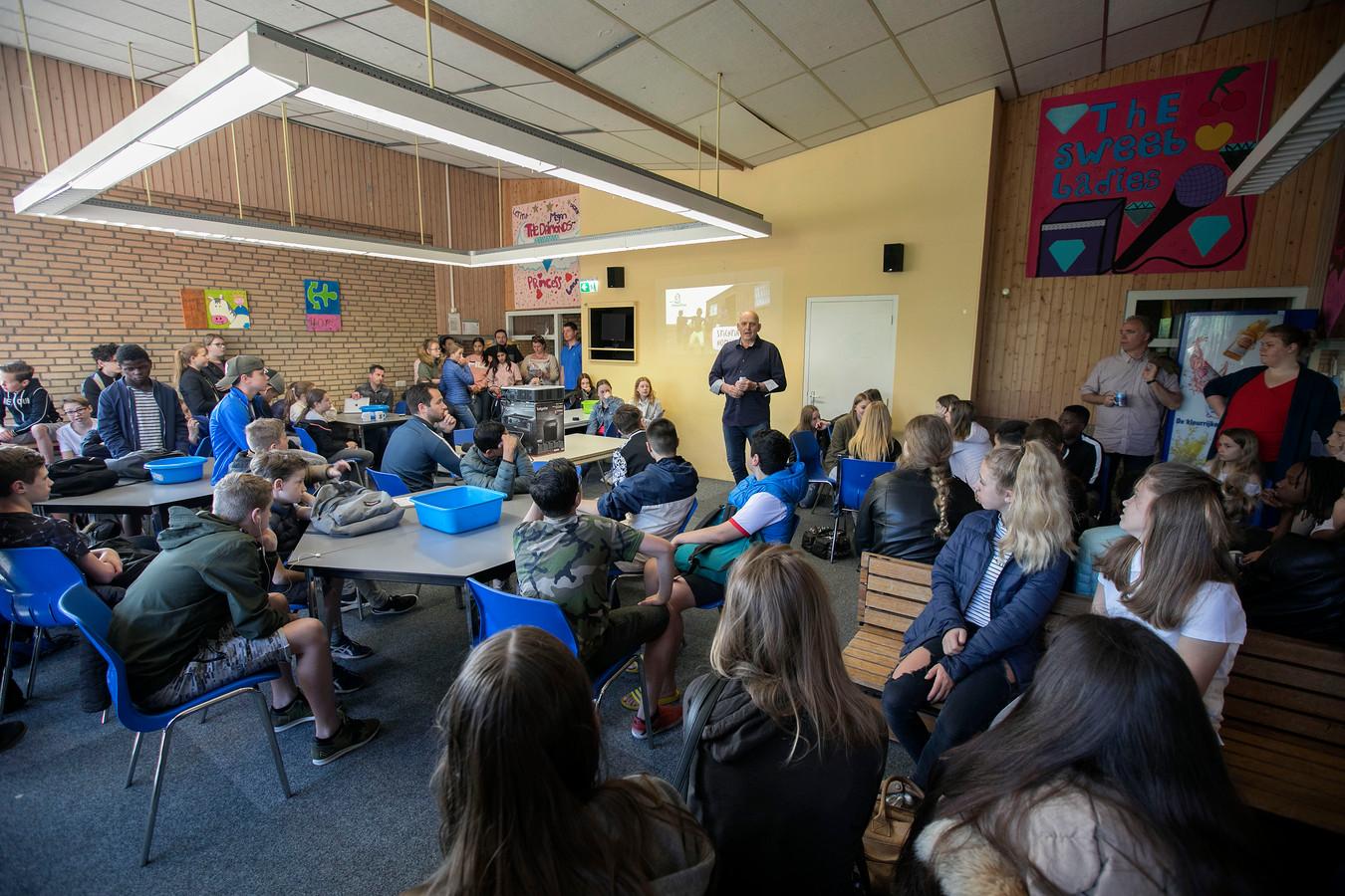 Leerlingen van het Plein College hielden een actie voor Nicaragua.