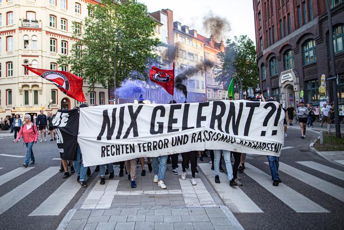 Protest tegen rechts-extreem geweld in Hamburg, na de moord op CDU-politicus Walter Lübcke.