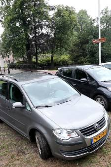 Museum More zet streep door extra parkeerplaatsen bij Kasteel Ruurlo