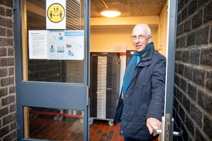 Het liefst zou voorzitter Piet Hofman van de Stichting Voedselbank Hellendoorn nog veel meer minima in deze gemeente helpen.