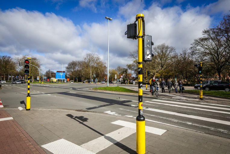 Er komt een brug voor fietsers en voetgangers aan het station.