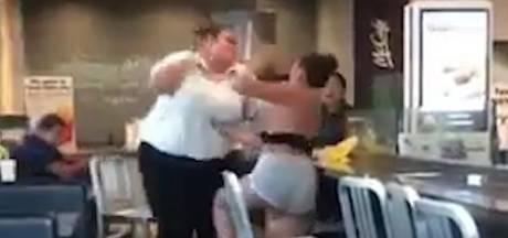 Heftige catfight bij McDonald's loopt volledig uit de hand