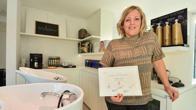 Sarah Morlion krijgt het label 'Kanker Hair Professional'