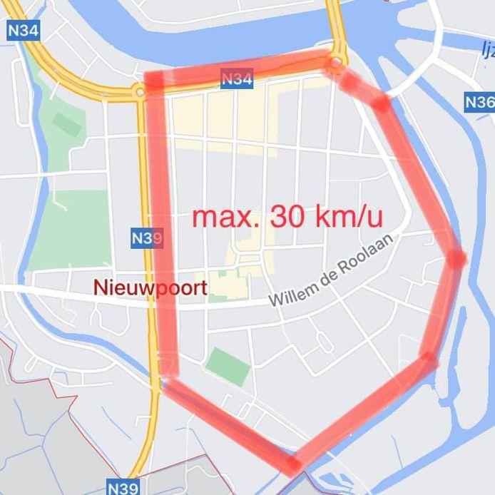 Binnen deze rode lijn in Nieuwpoort-Stad mag je voortaan maar 30 kilometer per uur rijden