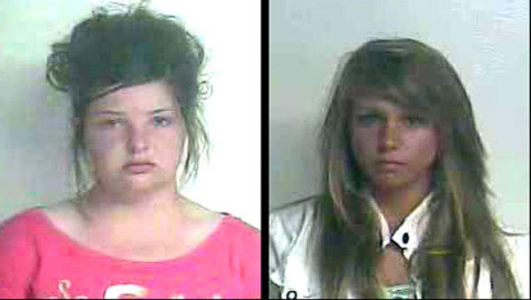 Links, Sams en rechts Schwab worden beschuldigd van moordpoging op een lesbische klasgenote.