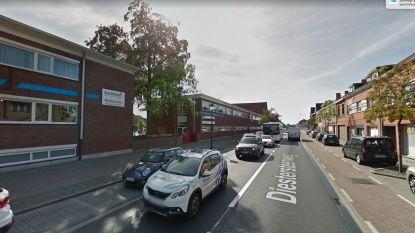 87 bestuurders rijden te snel aan schoolpoort
