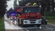 Brandweer ruimt oliespoor van 3 kilometer op tussen Wakken en Tielt