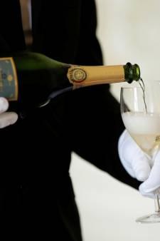 Les États-Unis menacent de surtaxer les produits français, dont le champagne