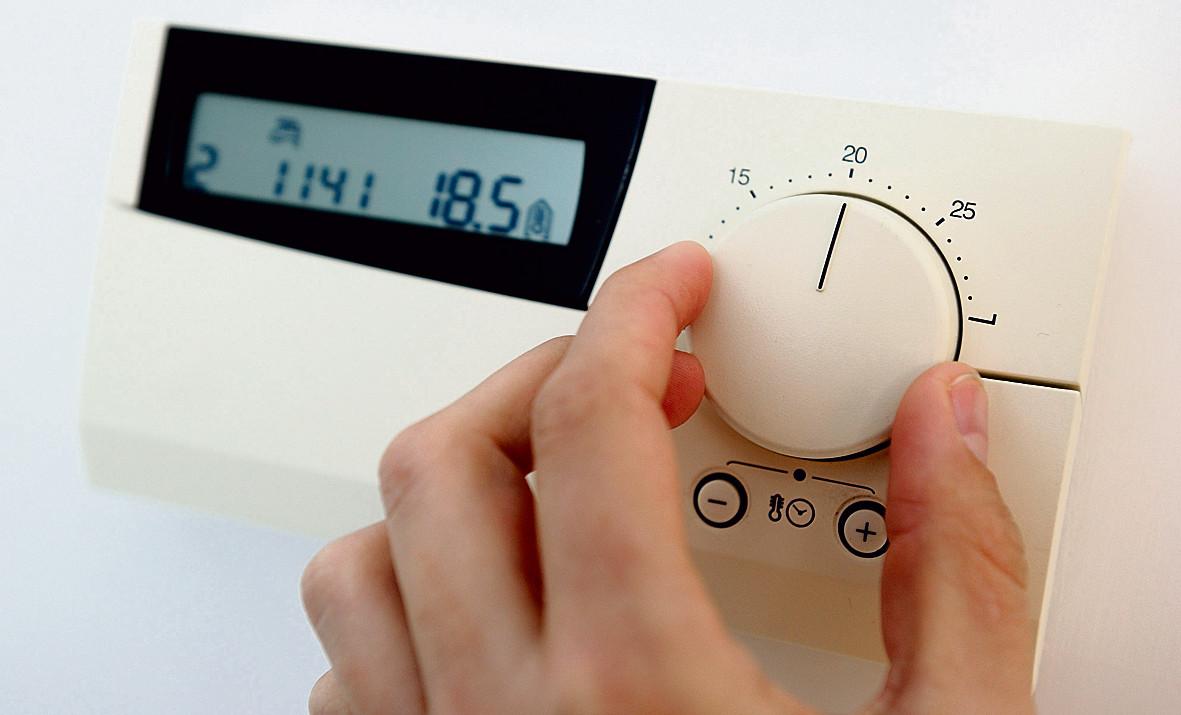 De fors gestegen kosten voor gas en  licht doen mensen massaal overstappen