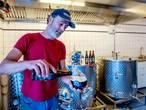 """Torens Tilburg neemt eigen brouwerij aan de Piushaven in gebruik: ,,Een uit de hand gelopen hobby"""""""