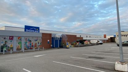 """Twee personeelsleden Dreamland Houthalen-Helchteren besmet met corona, burgemeester reageert scherp: """"Verplicht mondmaskers in winkels"""""""