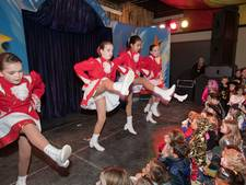 Kindercarnaval 't Grebbehol in teken van panda's