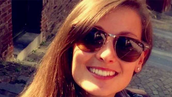 """""""Belgische justitie heeft mijn dochter gedood."""" Moeder van vermoorde studente door verkrachter met enkelband doorbreekt de stilte"""