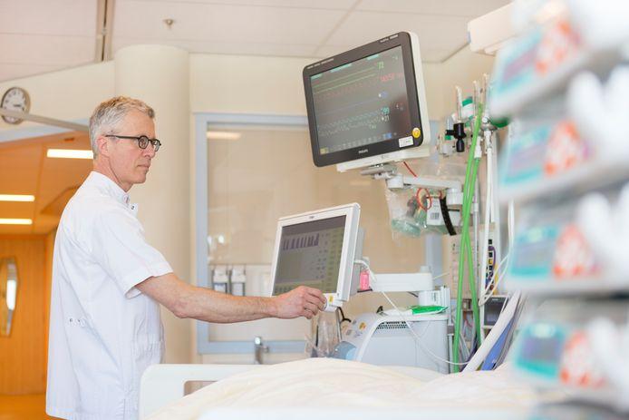 Hans ter Haar, IC-verpleegkundige en beademingsspecialist in Isala