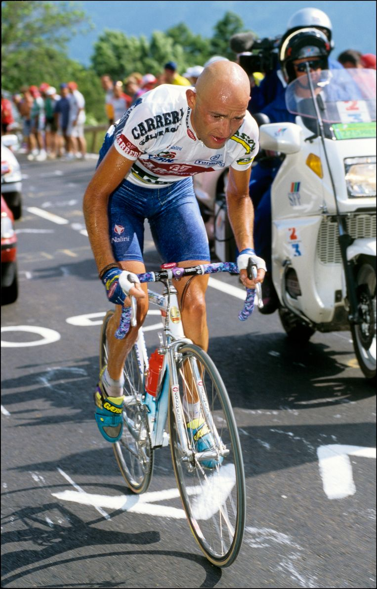 Marco Pantani op Alpe d'Huez in 1995.
