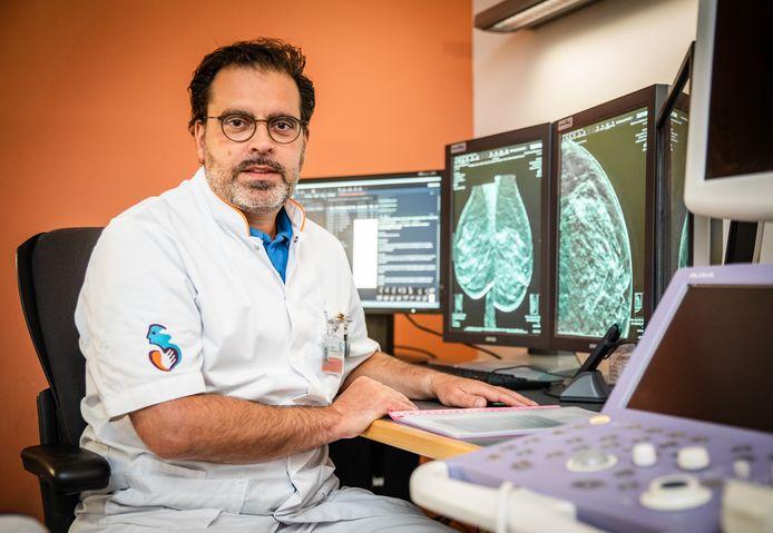 Radioloog Marc Kock van het Albert Schweitzer ziekenhuis.