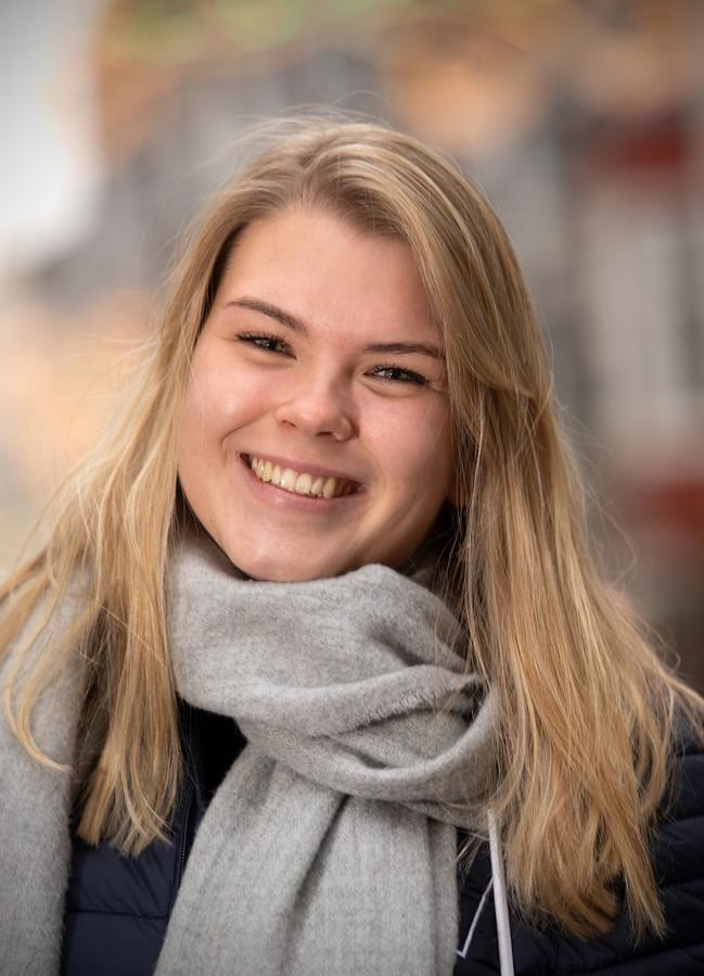 Anne-Roos Verveld