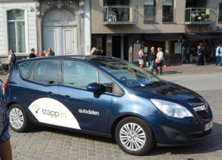 Gentse Autoverkoper Gaat Autodelen Binnenland Nieuws Hln