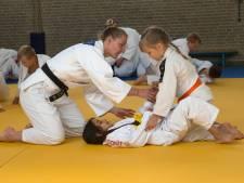 Les voor jonge judoka's van wereldtopper Juul Franssen: 'Wie weet lopen hier wel toekomstig Olympisch kampioenen tussen'