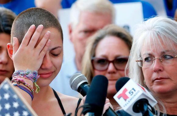 Emma Gonzalez overleefde de schietpartij in de Marjory Stoneman Douglas High School in Parkland (Florida). Ze organiseerde de March for Our Lives-demonstratie in Washington. Tijdens die demonstratie hield ze een krachtige toespraak waarin ze elk slachtoffer van de schietpartij vernoemde en in tranen uitbarstte.