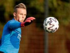 Maxime Delanghe keert tegen MVV terug in het doel bij Jong PSV, dat voor druk schema staat