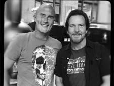 Eddie Vedder draagt nummer Black op aan Sjors uit Valkenswaard: 'A guy I met today'