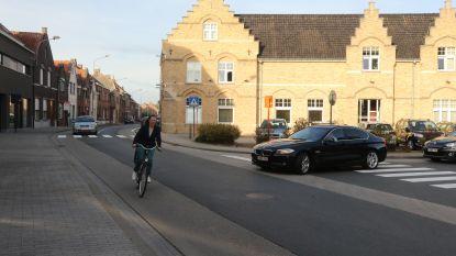 Ieperlingen willen comfortabele fietspaden en veilige voetpaden: stad maakt resultaten burgerbevraging bekend