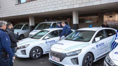 Wijkteams politie rijden groen