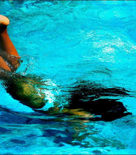 'Man van 72 wil het leren om met zijn kleinkinderen te kunnen zwemmen'