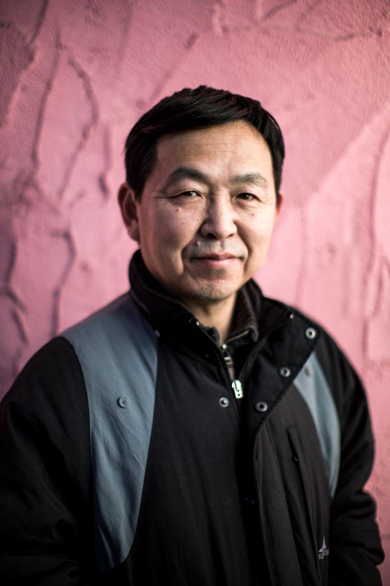 Huanghebian, journalist in Vancouver. Beeld Julius Schrank