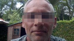 """Zoon van verkrachte jogster haalt keihard uit in rechtszaal: """"Laffe hond, je hebt ons gezin kapotgemaakt"""""""