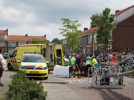 VIDEO: Vlijmenaar ernstig gewond door val van zoldertrap