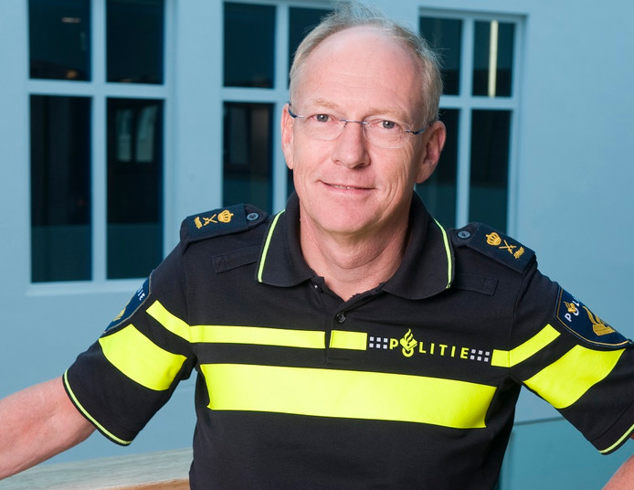Oscar Dros, hoogste baas van de politie in Oost-Nederland.