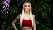 Pommeline pakt uit met gigantische rug-tattoo