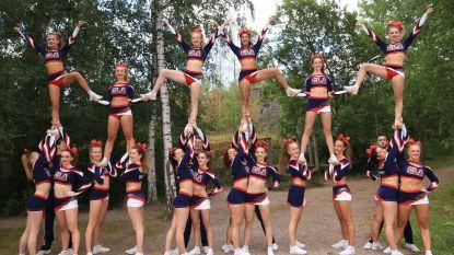 Cheerleaders schitteren in Helsinki