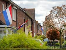 Sobere bevrijding met vlaggen in Haaksbergen