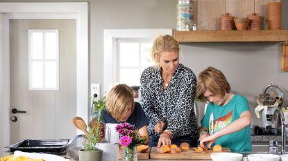 """Noah en Zenna Herman treden uit de schaduw van vader Sergio: """"In de keuken is papa streng, maar thuis is hij heel normaal"""""""