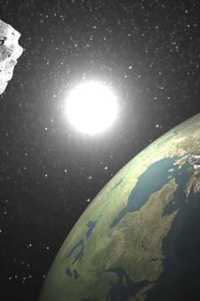 Reuzenasteroïde vliegt morgen langs aarde