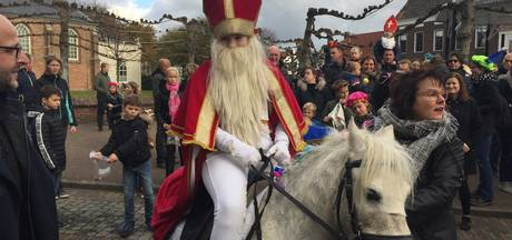 Sint strijkt neer in Zeeland